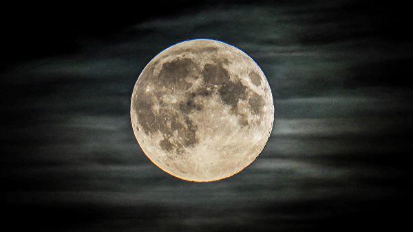 Руска космичка станица ће обавити радио-локационо испитивање Месеца