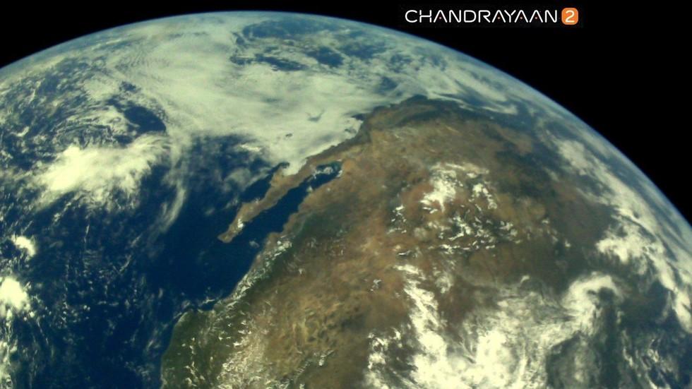 РТ: Индијска космичка агенција објавила прве фотографије Земље у лунарној мисији
