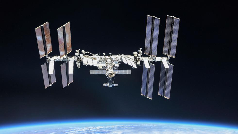 РТ: Русија планира да изгради сопствену орбиталну космичку станицу