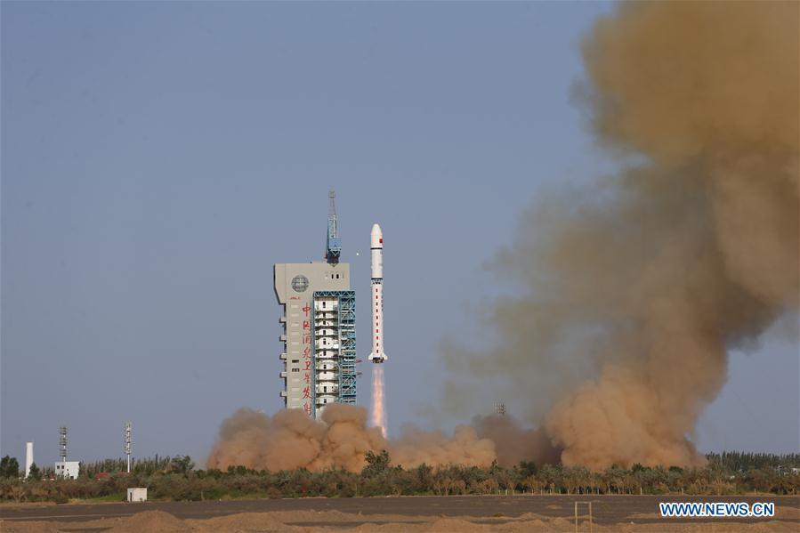 Кинa поставила на лансирну рампу ракета са сондом за мисију на Марсу