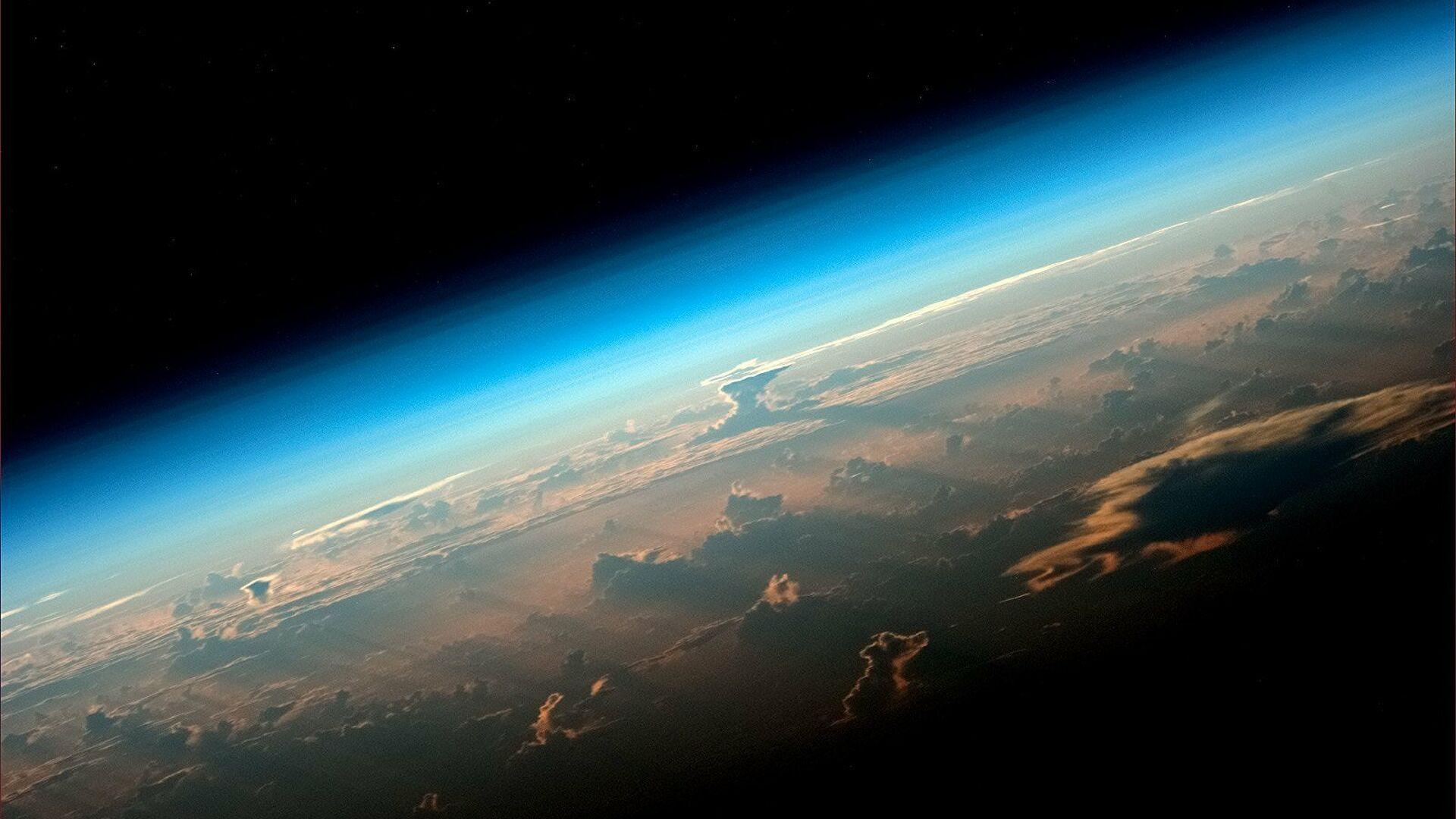 На Земљи почела магнетна олуја