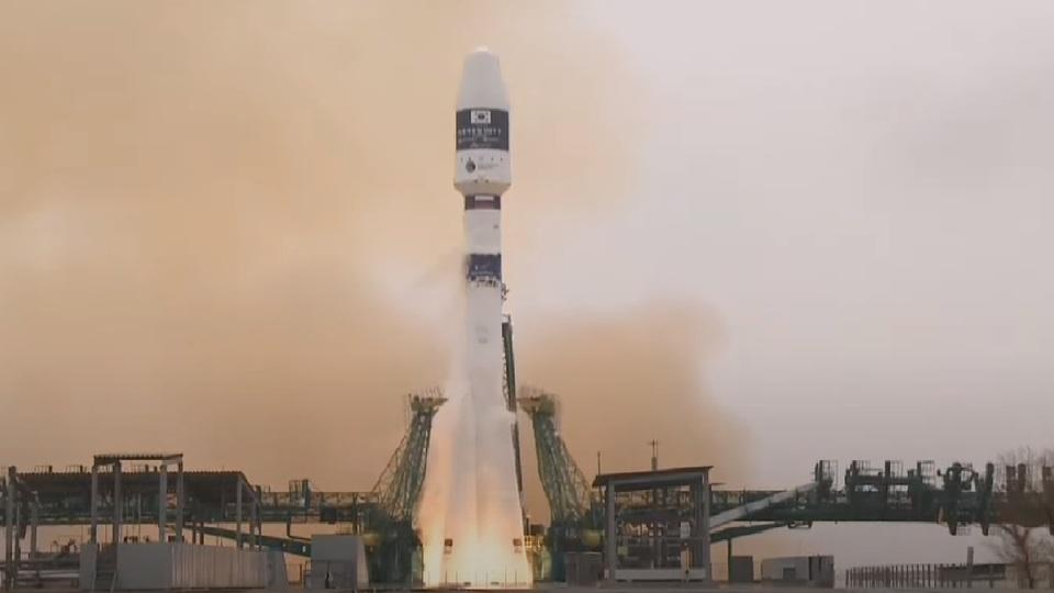 """""""Сојуз"""" успешно лансиран са космодрома Бајконур"""