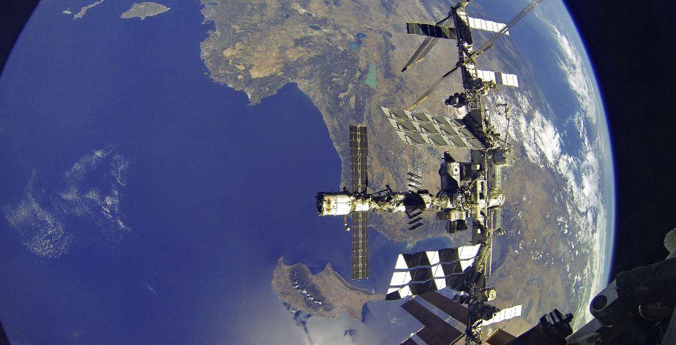 Kosmičkka šetnja ruskih kosmonauta