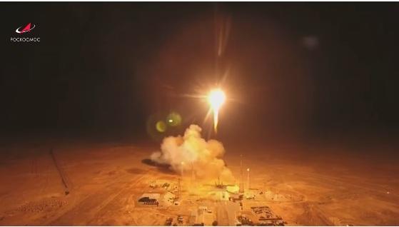 """RT: Ruski """"Sojuz"""" lansirao 34 satelita u orbitu u okviru misije proširenja pokrivenosti interneta širom sveta"""