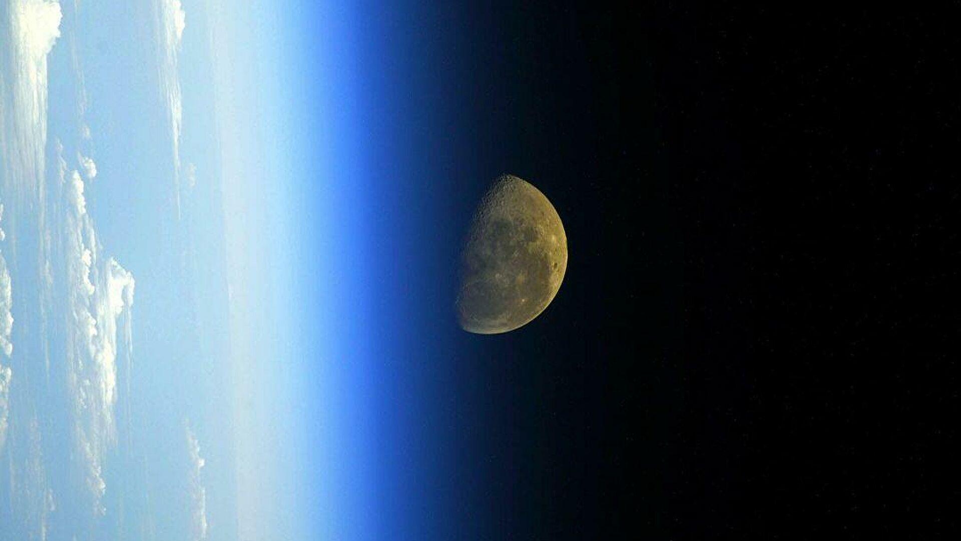 Rusija počela sa pripremama programa za sletanje čoveka na Mesec