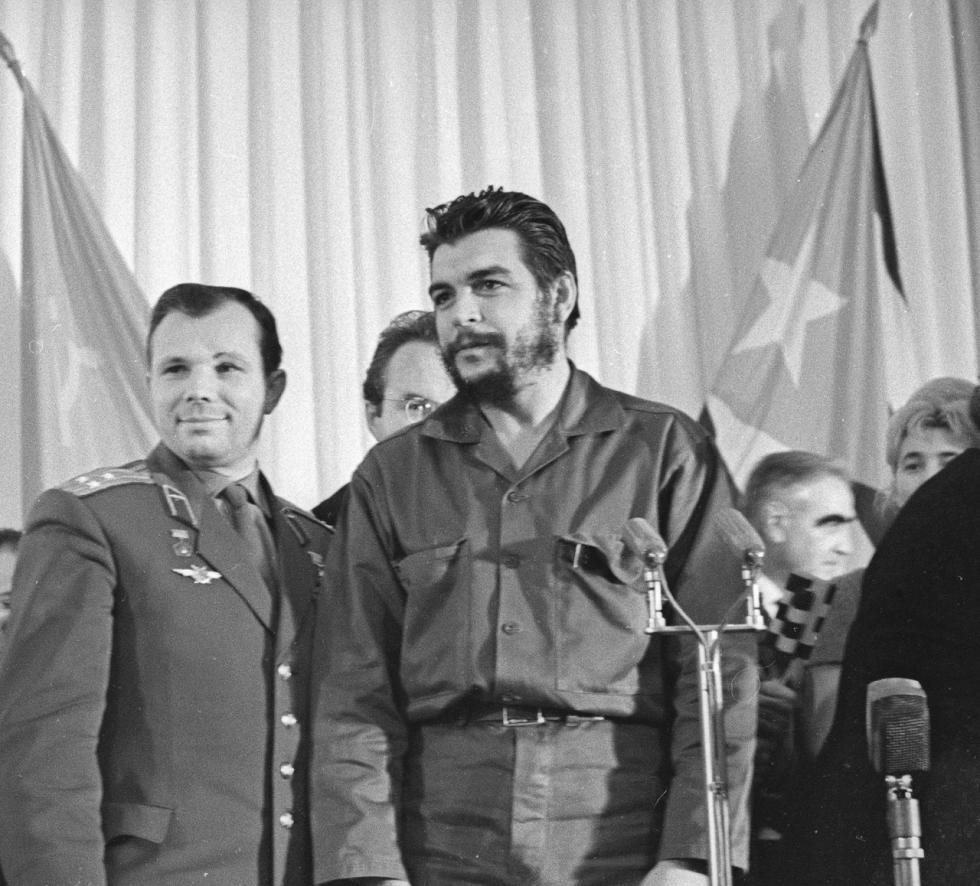Че Гевара и Гагарин у објективу Виктора Ахломова