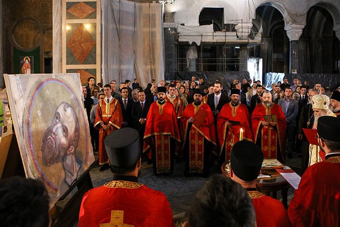 Стигао први део мозаика за куполу Храма Светог Саве