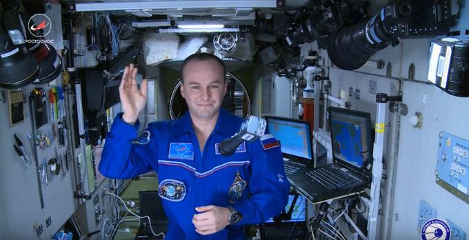 Поздрав деци Србије из космоса од руског космонаута Сергеја Рјазанског