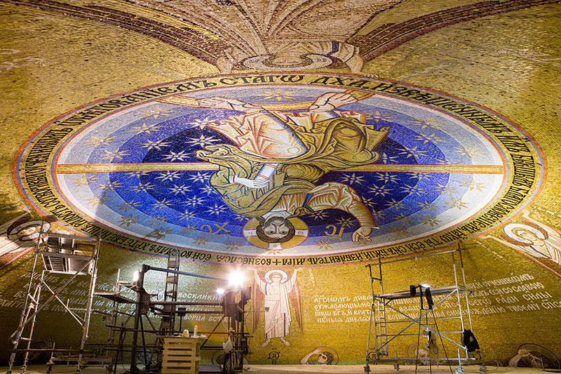 Завршени радови на изради мозаика на куполи Храма Светог Саве у Београду