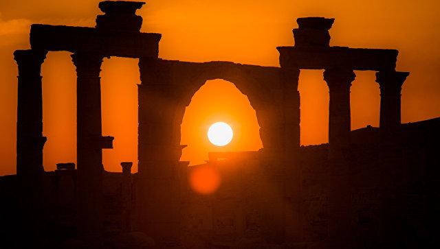 U Siriji počela obnova Palmire bez učešća UNESKO-a