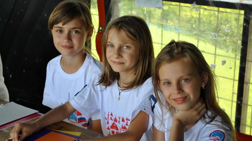 """Руска и србска деца у гостима код """"Наше Србије"""": Како се рађа пријатељство"""