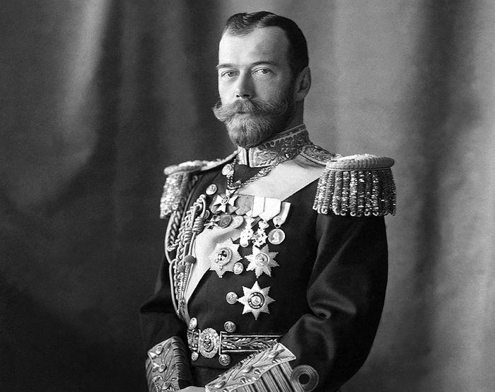 "U Pančevu izložba o carskoj porodici Romanov i promocija knjige ""Sveti car"""
