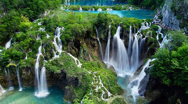 Унеско упозорио Хрватску да би Плитвичка језера могла бити скинута с листе