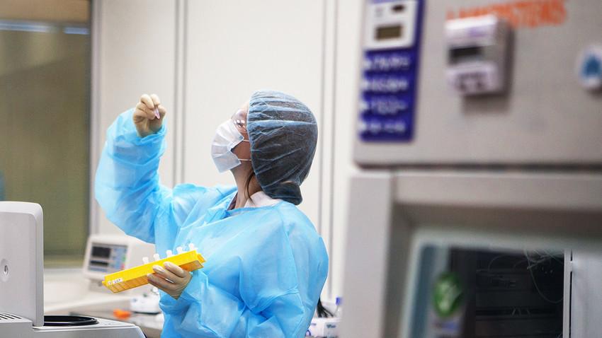 Руски научници показали апарат помоћу кога ране троструко брже зарастају