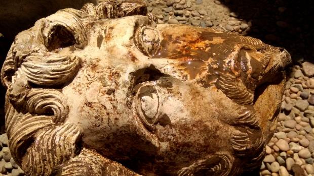 Пронађена биста римског цара Мака Аурелија у Египту