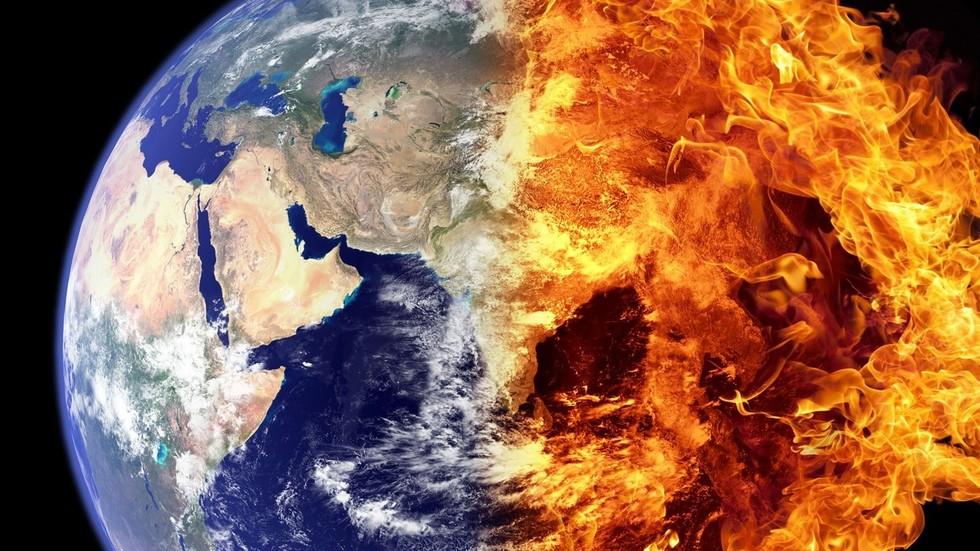 """РТ: Магнетно поље Земље, од виталног значаја за живот, могло би бити у опасности од """"језгра које цури"""""""