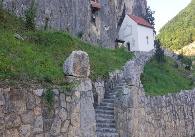 Тајна Хаџи Проданове пећине: Откривена сасвим случајно, а јединствено створење у свету живи овде