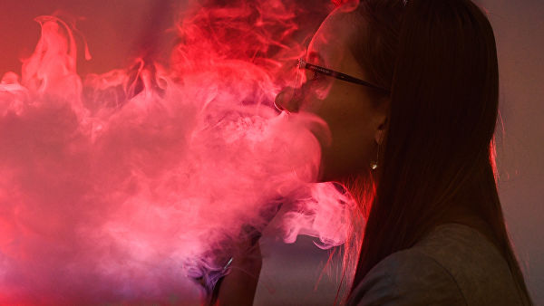 Elektronske cigarete štetne koliko i klasične