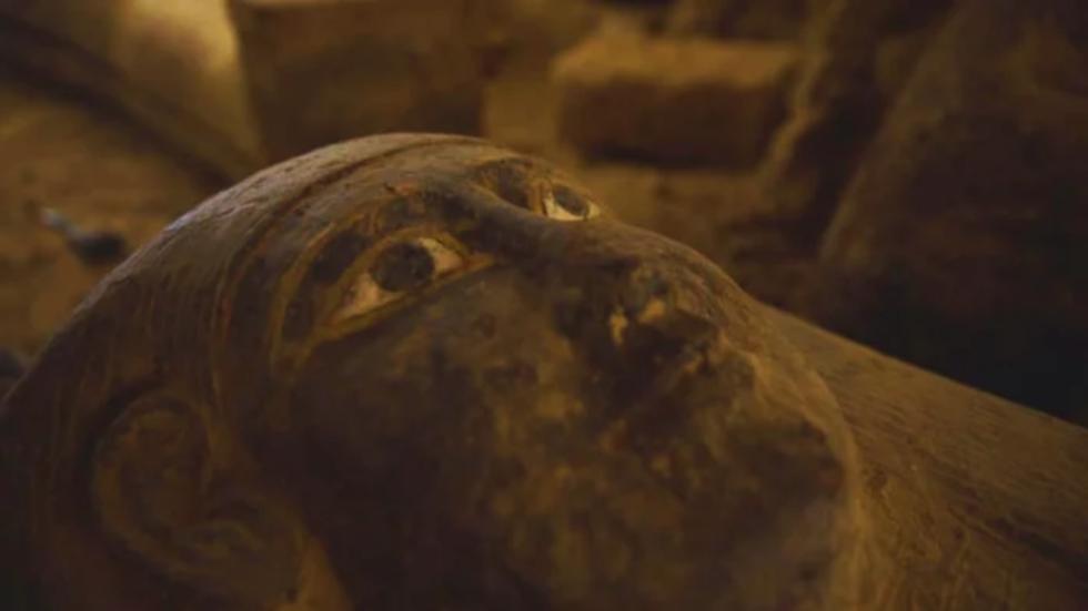 RT: Egipatski arheolozi otkrili 13 zapečaćenih kovčega starih 2500 godina
