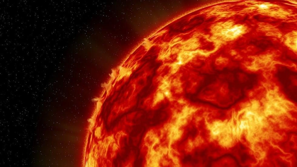 """РТ: Кина укључила """"Вештачко Сунце"""" на нуклеарни погон, десет пута врелије од правог"""