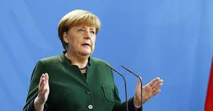 Меркелова честитала Макрону на победи