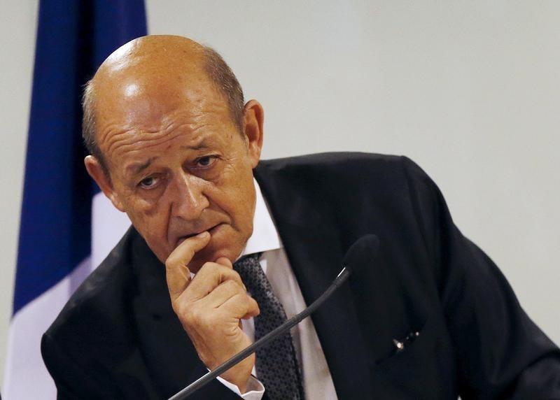 Француска не тежи ни економској ни политичкој изолацији Русије