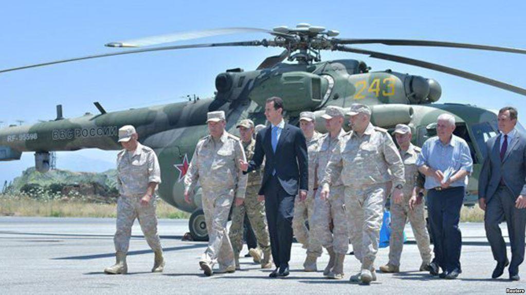 Председник Асад посетио руску војну базу у Латакији