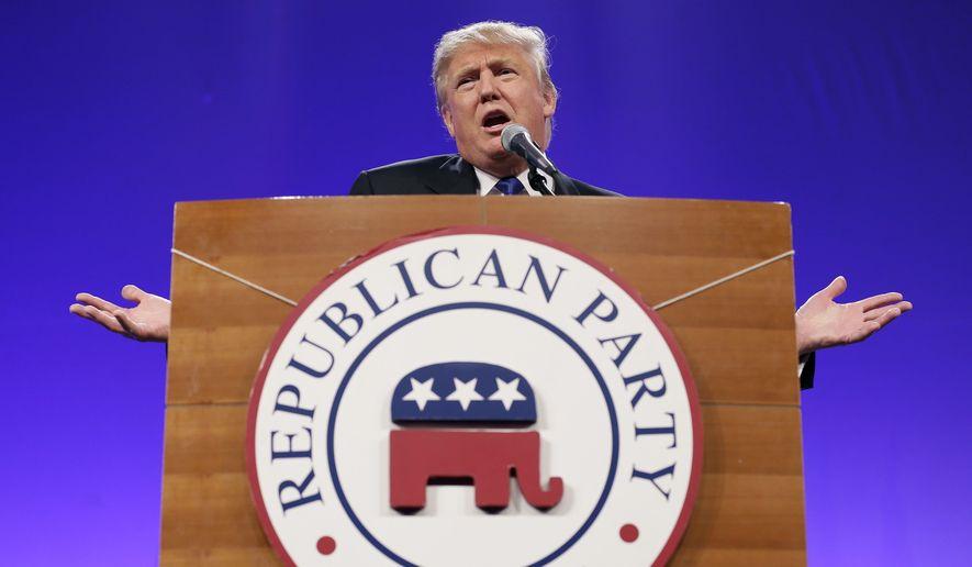 """Трамп се пожалио на републиканце јер га """"не штите"""""""