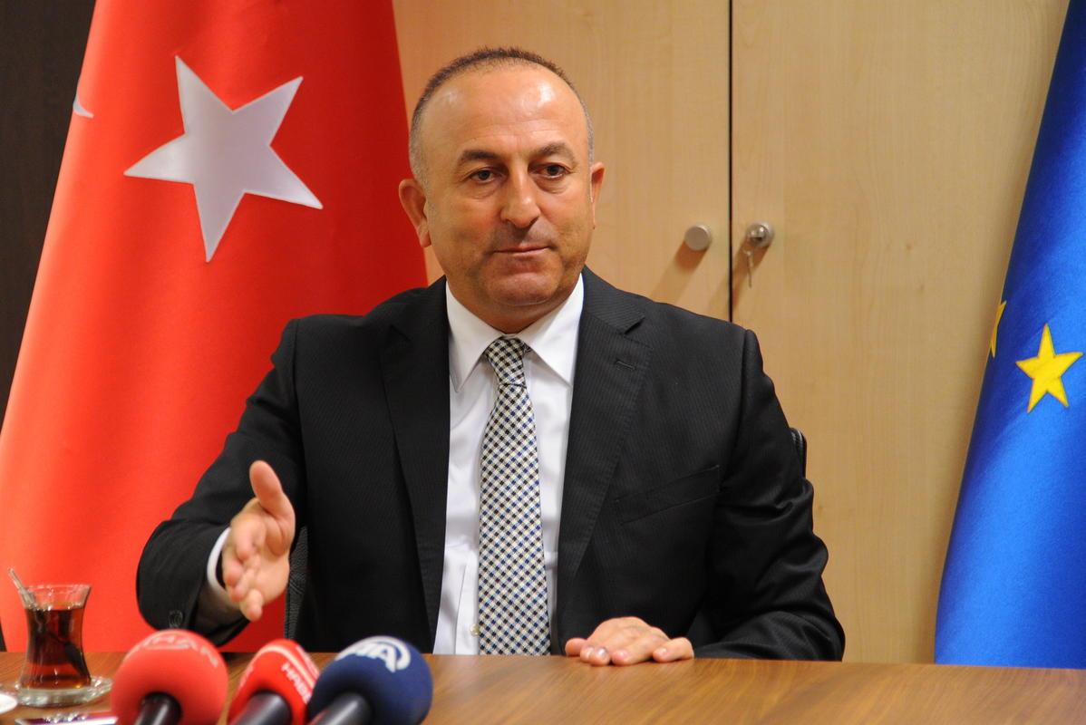 Чавушоглу: Анкара не одобрава антируске санкције ЕУ и САД