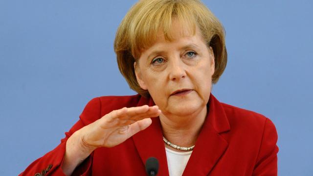 Меркелова: Нећемо аутоматски стати на страну САД у случају рата са Северном Корејом