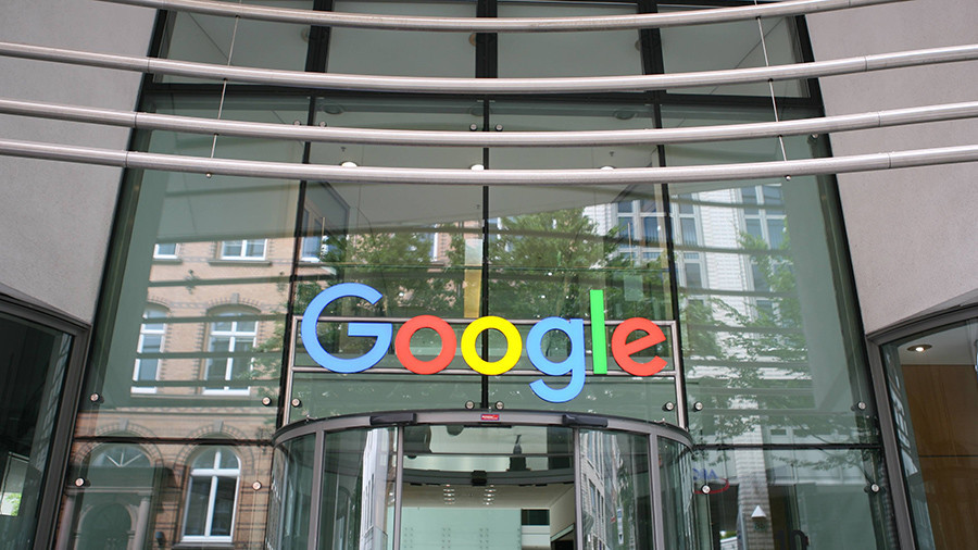 РТ: Гугл ће деградирати чланке РТ-а како би били мање доступни - Ерик Шмит