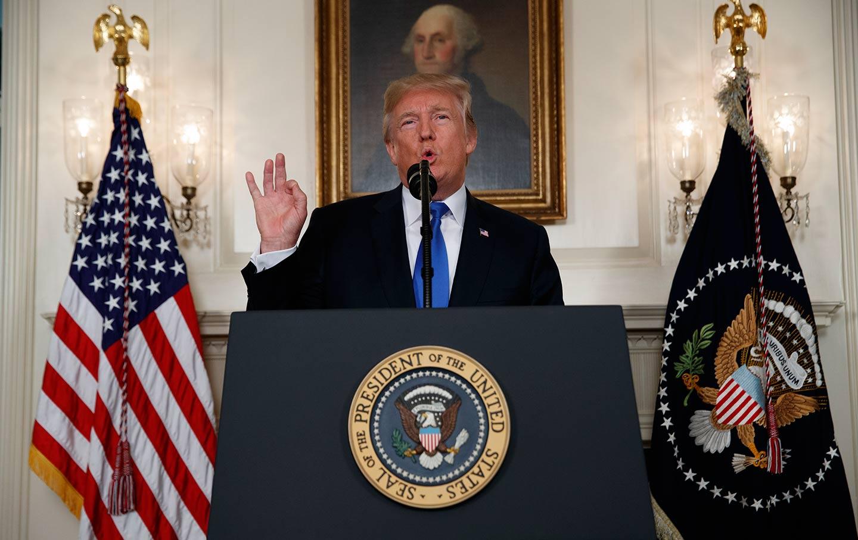 Трамп: Време је за промене у Ирану, људи су жељни хране и слободе