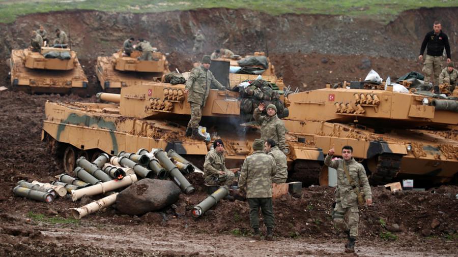 РТ: Трамп позвао Ердогана да се избегавају радње које би могле довести до сукоба између војски САД и Турске