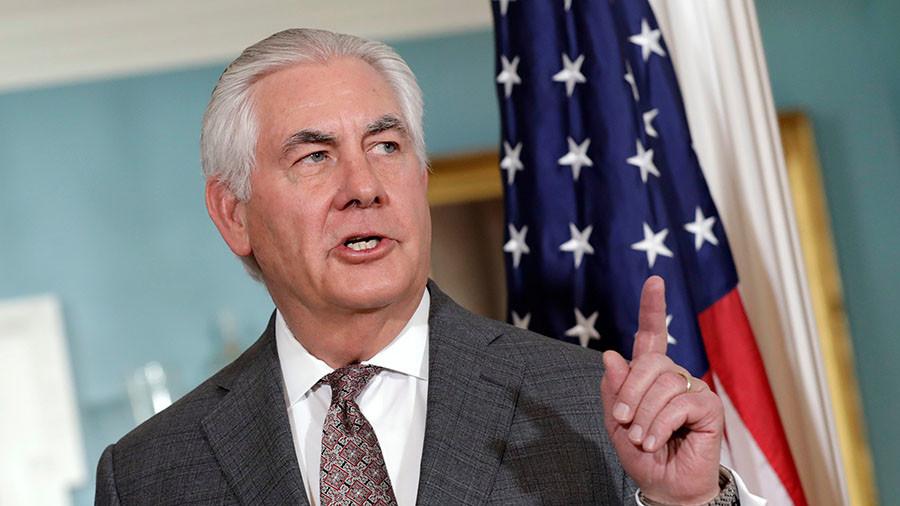 Тилерсон: Русија подржава Асадов режим, пружа му подршку из ваздуха