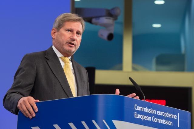 Хан: Србија мора да закључи обавезујући споразум са Приштином пре него што ступи у ЕУ