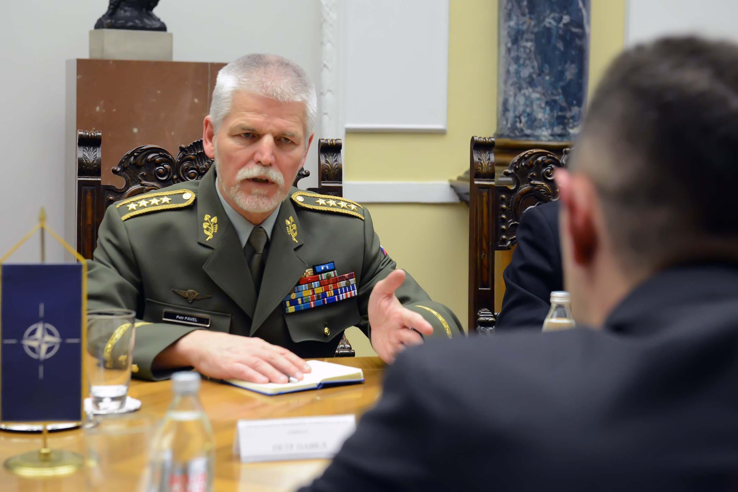 """НАТО """"разуме"""" осећања Србије према алијанси"""
