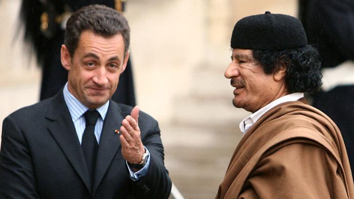 Француска полиција притворила Николу Саркозија