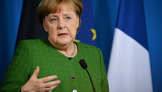 Меркелoва искључила учешће Немачке у евентуалној агреисји на Сирију