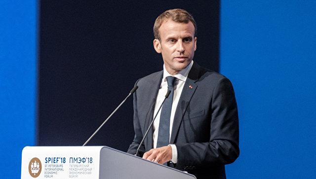 Макрон: У решавању питања проширења ЕУ неопходно бити опрезан