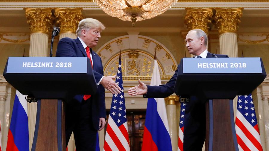 """РТ: Трамп одгодио други састанак са Путином за 2019. годину због """"лова на руске вештице"""""""