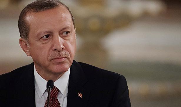 Erdogan: Posvećenost i odlučnost Turaka garant je koji je neophodan za borbu protiv napada na tursku ekonomiju