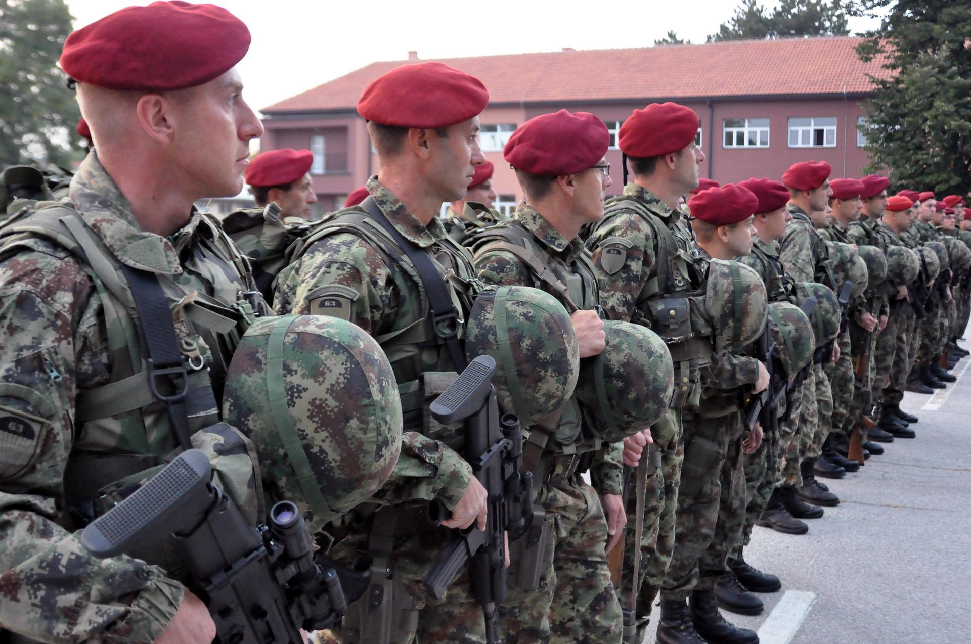 Шешељ: Потребна јединица од 1.000 људи која ће на прву следећу кризу одмах ући на Косово