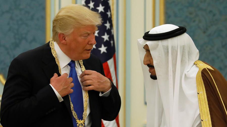 """РТ: """"Краљу, штитимо вас, али можда не би били ту ни две недеље без нас"""" - Трамп саудијском краљу Салману"""
