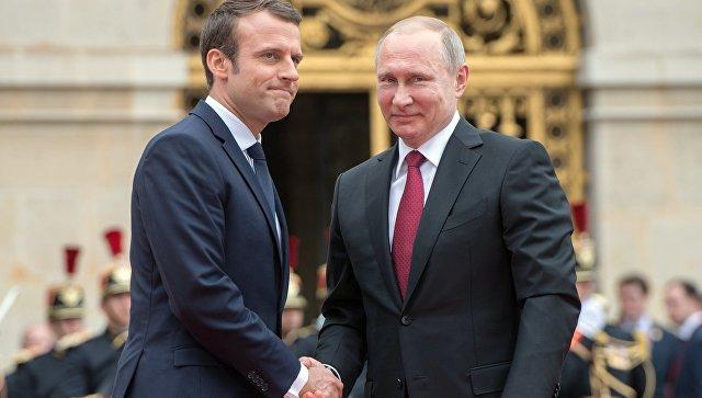 Макрон и Трамп договорили да разговарају са Путином о даљој судбини Споразума