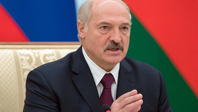Лукашенко упозорио Пољску да не ствара додатне војне базе јер ће Минск и Москва морати одговорити