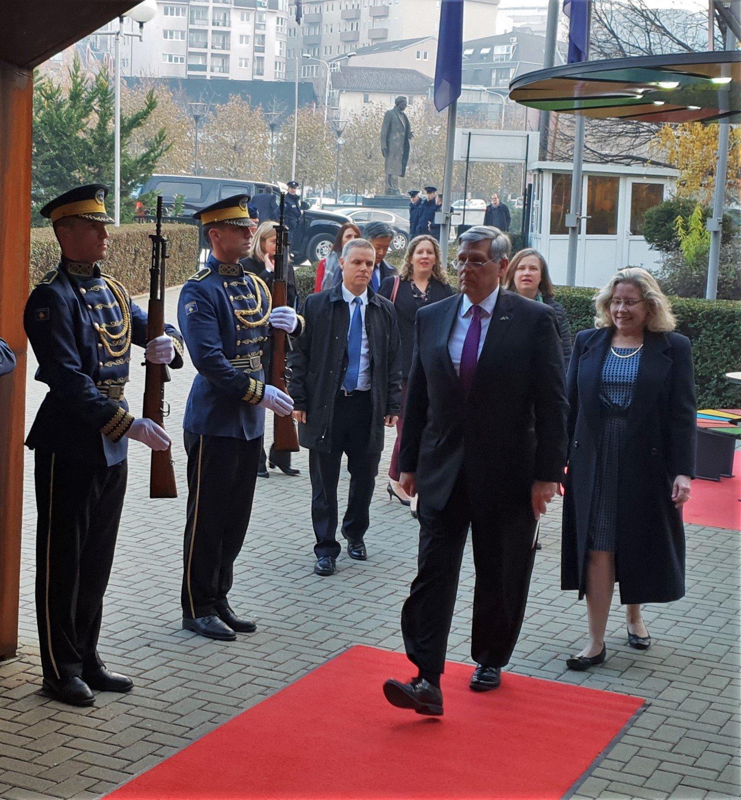 """Амерички """"партнери"""": Стварање косовске војске историјско"""