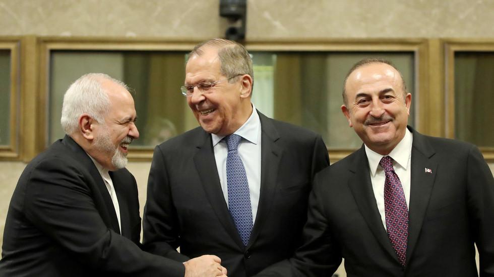 РТ: Русија, Иран и Турска договорили пократње рада Уставне комисије Сирије
