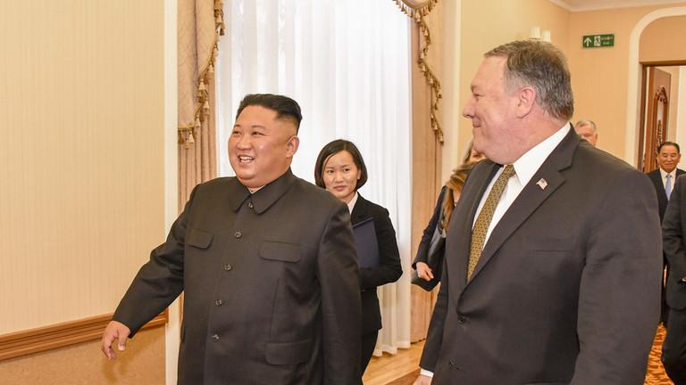 """РТ: Ким обећава денуклеаризацију, али упозорава да ће Кореја тражити """"нови пут"""" ако САД не испуне обећања"""