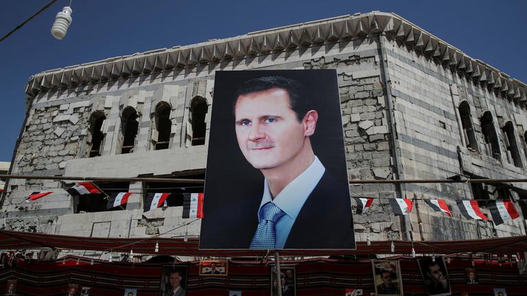 """РТ: Лондон признао да ће Асад остати """"још неко време"""", те да је то због Русије"""