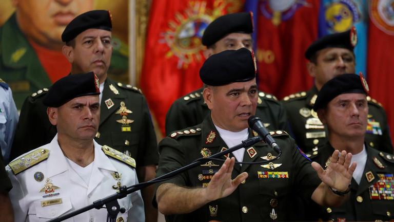 РТ: Венецуеланска војска одбацује самопроглашеног председника, браниће национални суверенитет - министар одбране